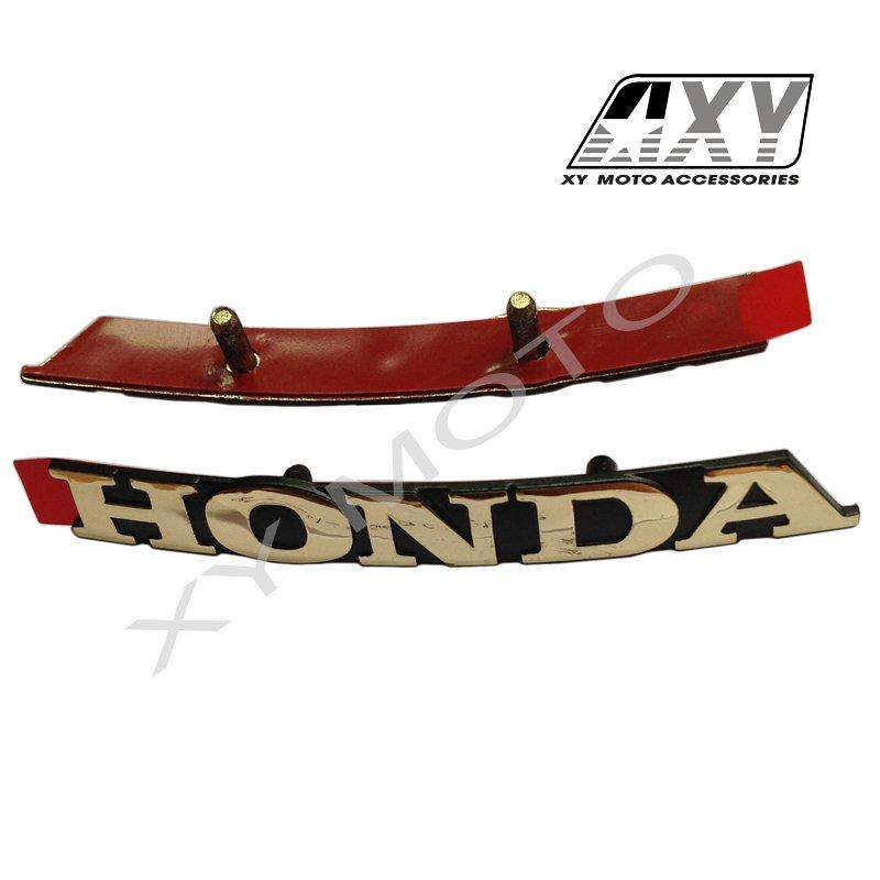 87561-GGC-900 HONDA SPACY ALPHA110  HANDLE COVER EMBLEM